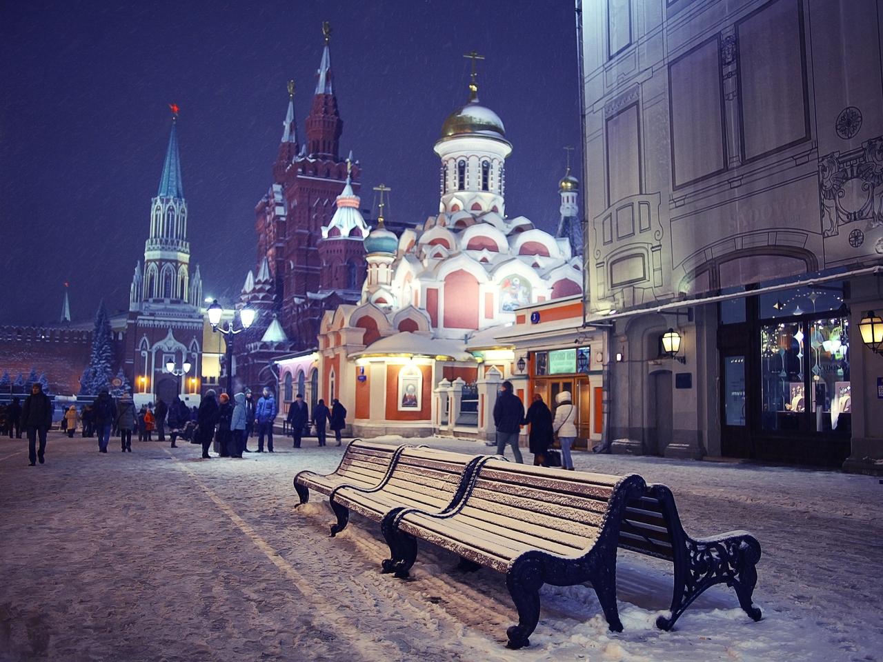 Никольская улица - вход на Красную площадь